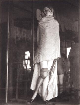 Maniquí tapado (Mannequin couvert)