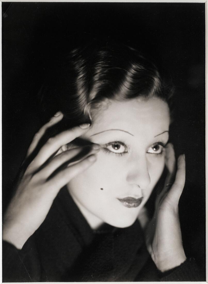 Portrait de l'actrice Wanda Vangen
