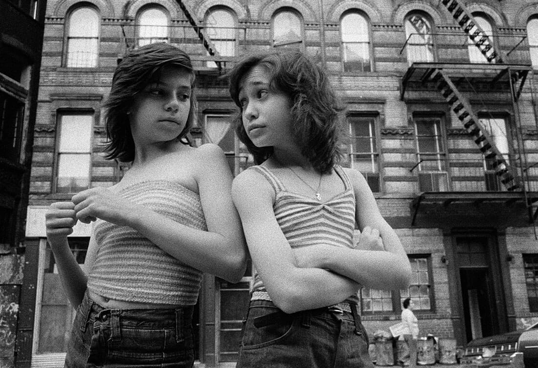 Dee et Lisa, Mott Street, Little Italy, New York, 1976