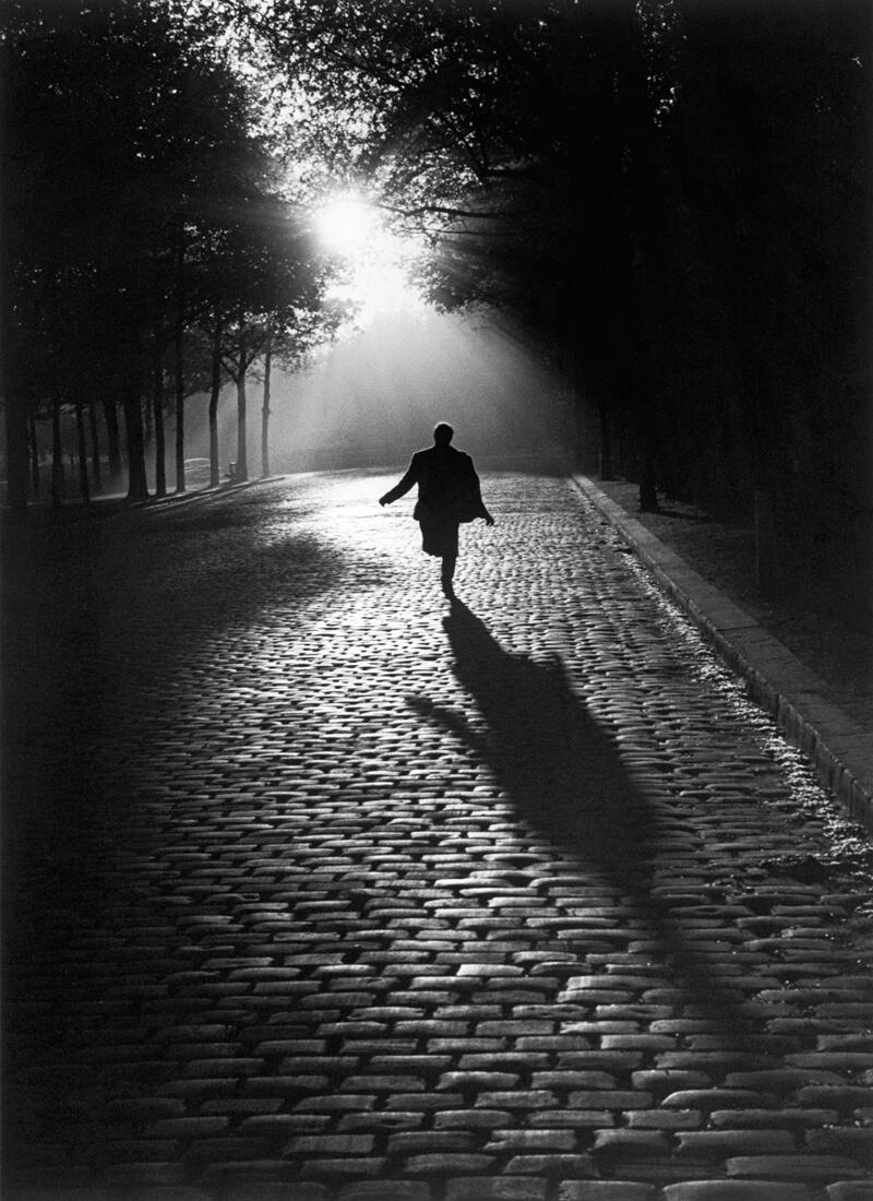 L'homme qui court, Paris