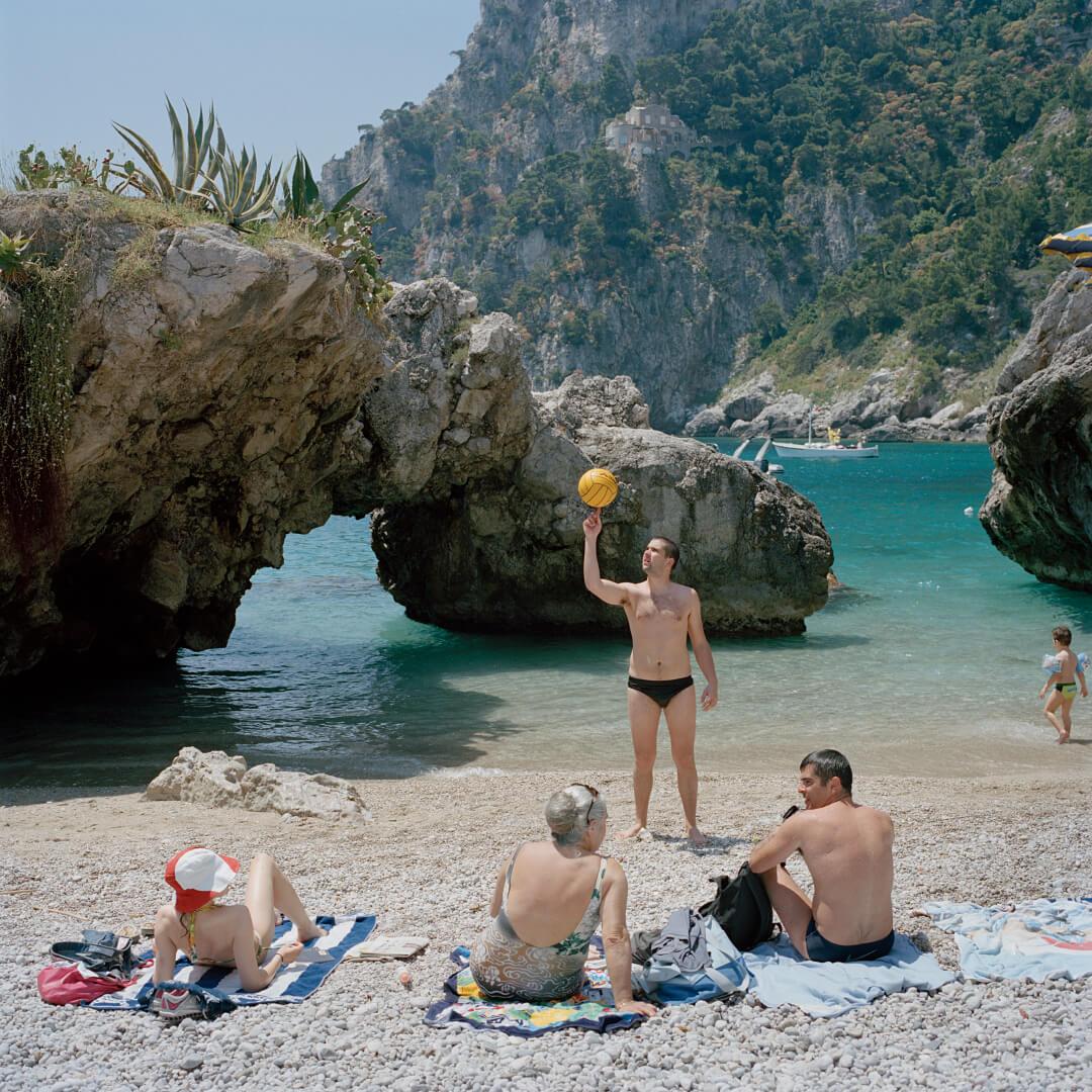 <i>Capri</i>