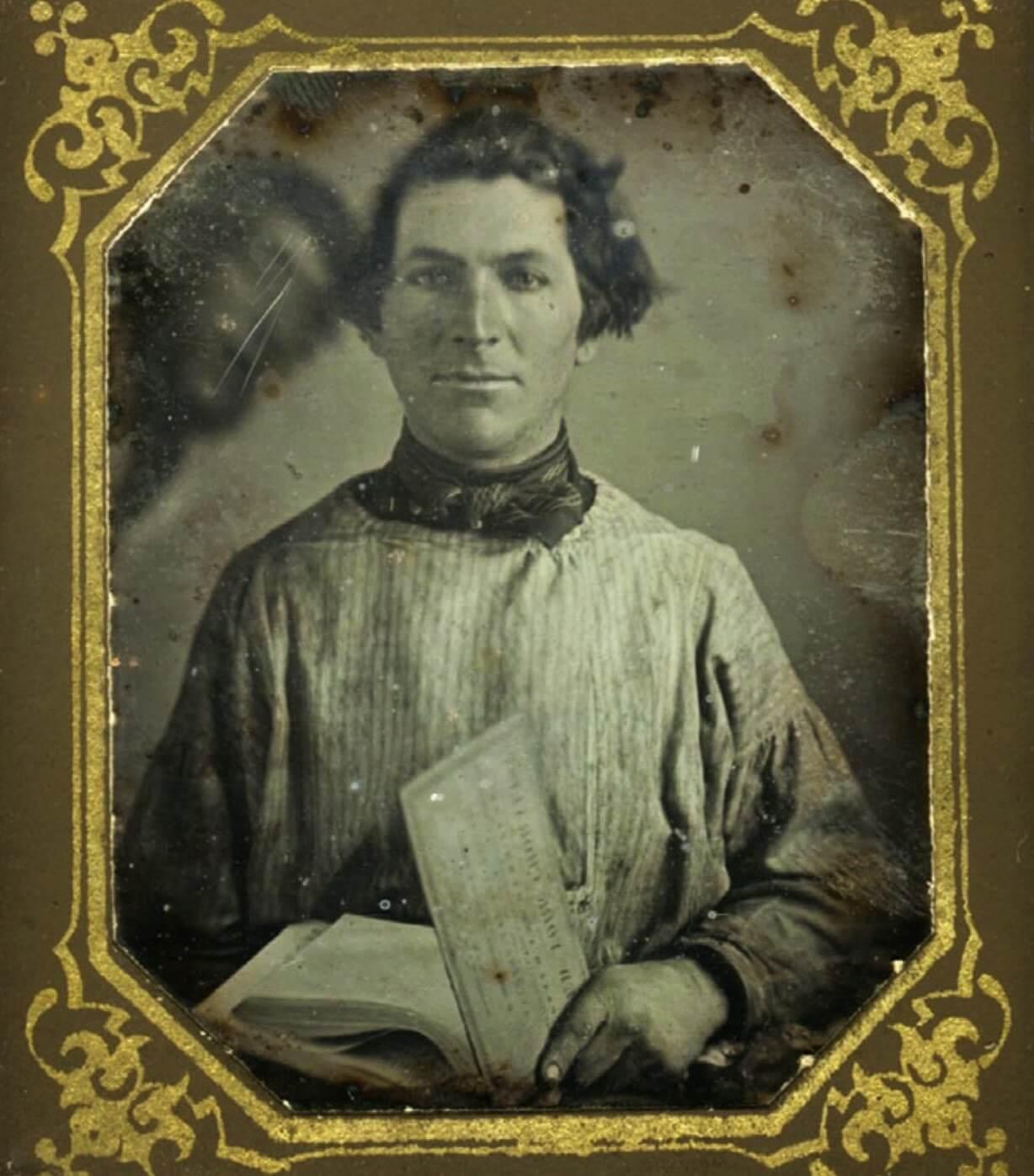 Anonymous daguerreotype portrait, c.1840s